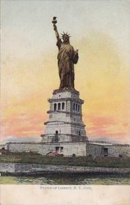 Staue Of Liberty New York City New York