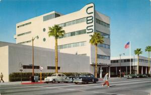 Hollywood California~Columbia Broadcasting System (CBS)~50s Cars~Man xing Street