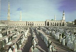saudi arabia, MEDINA, Friday Prayer at Al-Masjid an-Nabawi Mosque (1970s) Islam