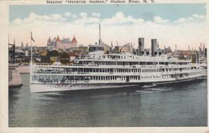 HUDSON RIVER , New York City , 10-20s ; Steamer Hendrick Hudson