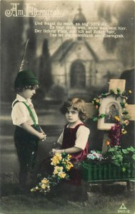 Children praying at the parents grave Am Elterngrab early tinted postcard