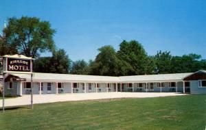VT - Bennington. Kirkside Motel