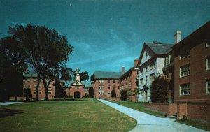 Providence, RI, New Quad., Brown University, Chrome Vintage Postcard g9002