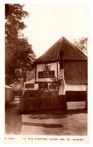 England  St.Albans Old Fighting Cocks Inn, Wines and Spirits  RPC