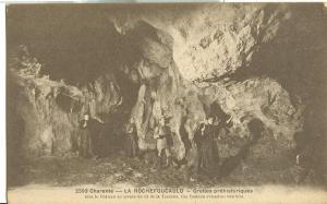 Charente, La Rochefoucauld, Grottes prehistoriques