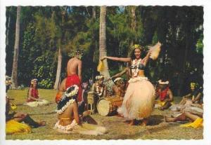Tahiti, 60-70s  Danseuse de Otea