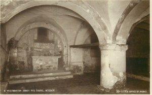 Postcard UK England Westminster, Middlesex abbey Pyx chapel