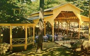 VT - Isle La Motte. Ste Anne's Shrine