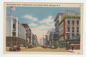 P2025 vintage postcard many cars people woolworth, walgreens drugs syracuse N.Y.