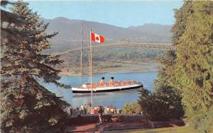 11010 V  S.S.  Princess Patricia  C.P.S.S. Line Lion's Gate Bridge