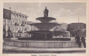 Teramo , Abruzzo,  Italy , 1900-10s : Piazza Garibaldi e Fontana