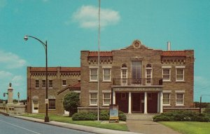 SPRINGFIELD , missouri , 50-60s ; American Legion Building