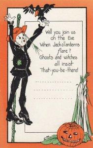 HALLOWEEN , 1910-20s ; Scarecrow , Black Crow , Jack O'Lantern