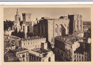 France Avignon Palais des Papes et Notre-Dame des Doms vus du Beffroi