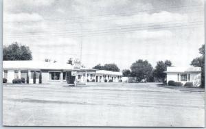 Vernon, Texas Postcard LA FONDA MOTOR LODGE Highway 287 Roadside c1950s Unused