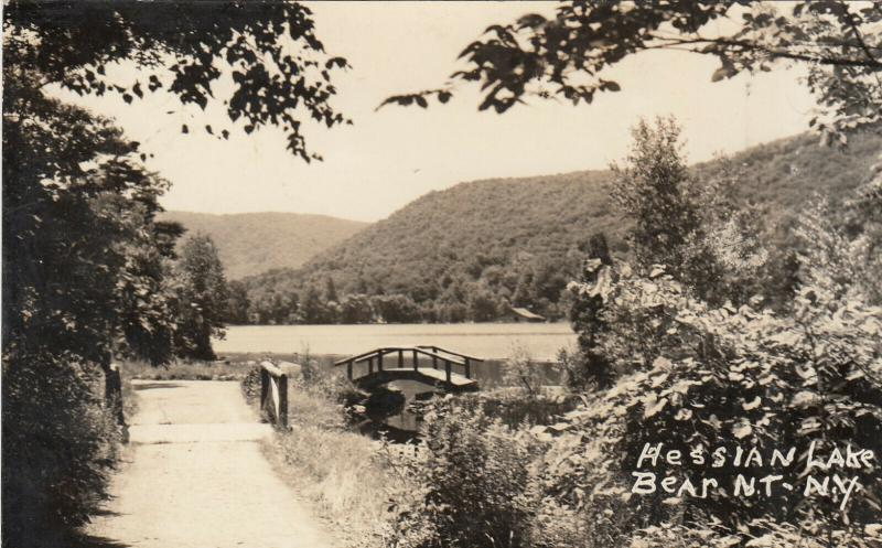 RP: BEAR MOUNTAIN , New York , 30-40s ; Hessian Lake