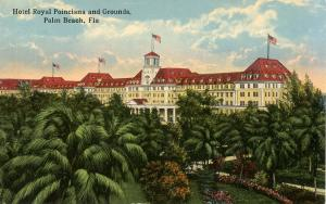 FL - Palm Beach. Hotel Royal Poinciana and Grounds