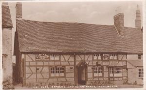 RP: KENILWORTH , UK , 30-40s; Cosy Cafe, Opposite Castle Entrance,  TUCK