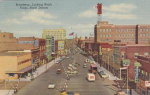Broadway , North , FARGO , North Dakota , 30-40s