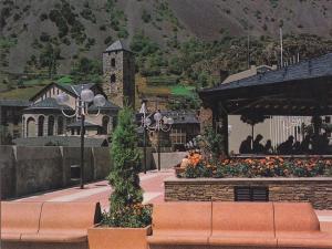 Postal 61239 : Andorra. Pla? Nova d Andorra la Vella