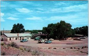 CHINLE, Arizona  AZ  Roadside JUSTIN'S THUNDERBIRD Trading Post Lodge Postcard