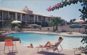 PHOENIX , Arizona , 1956 ; Hotel Desert Hills