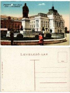 CPA AK NAGYVÁRAD Szt. László szobor a városházával. ROMANIA (469834)