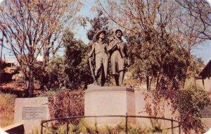 Tom Sawyer & Huck Finn Statue, Cardiff Hill, Hannibal, MO 1950s Vintage Postcard