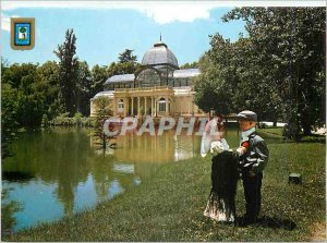 Postcard Modern Madrid Crystal Palace and Couple Typical Folklore Children