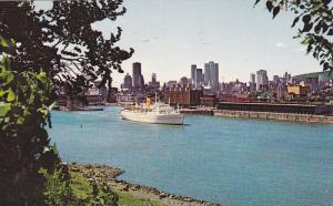 Cruise Ship in Harbour, City Skyline, Montreal, Quebec, Canada, 40-60´s