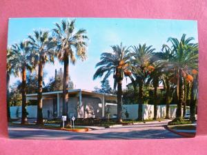 Postcard CA Redlands The Tom & Ann Peppers Art Center University of Redlands