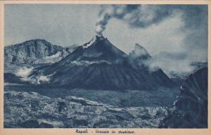 Napoli (Naples) , Italy , 00-10s ; Vesuvio in eruzione
