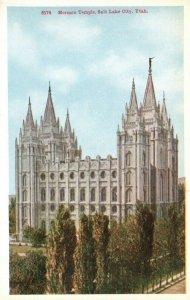 Salt Lake City, Utah, UT, Mormon Temple, White Border Vintage Postcard g9242