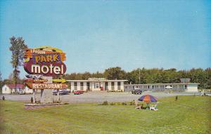 Canada Paquin's Park Motel and Restaurant Morrisburg Ontario