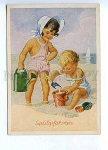 201821 GERMANY Kids on beach DORFEL vintage postcard