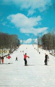 GROSSINGER, New York, 1968; Grossinger's Ski Valley, People Skiing