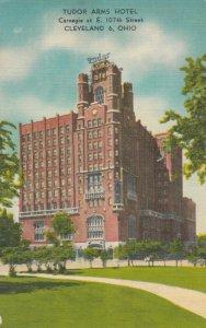 CLEVELAND , Ohio , 1930-40s ; Tudor Arms Hotel
