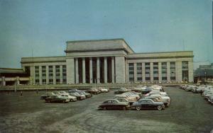 Philadelphia, Pa., Pennsylvania Station at 30th Street, Cars (1960s)