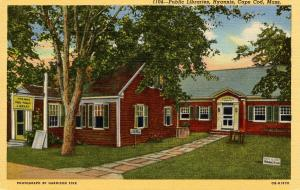 MA - Hyannis, Cape Cod. Public Libraries
