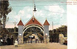 12575   MA   Brockton 1908    Entrance Gate to  Highland Park