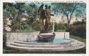 Iowa Council Bluffs Memorial To Mrs G M Dodge At Lafayette Ave And N 2nd St