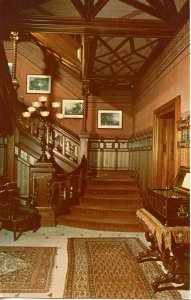 CT - Hartford. Mark Twain's House, Front Hall