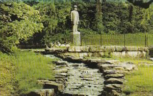 Tennessee Lynchburg Jack Daniels Distillery Jack Daniel's Statue annd Sp...