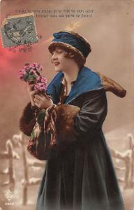 L'aveau de mon amour et la voix de mon coeur, fleurs, fashion coat dress 1920