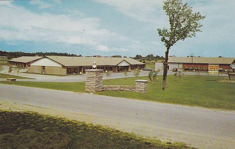 Tops Motor Hotel, On Highway 28, Peterborough, Ontario, Canada, 1940-1960s