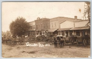 Cullom IL~Main Street Market Day Wagons~Banker~Beer~General Store~1908 RPPC