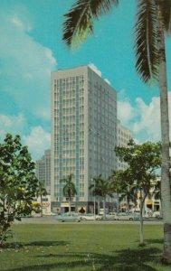 MIAMI , Florida , 50-60s ; The New Miami Colonial Hotel