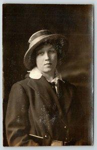 RPPC~Lovely Lady~Don't I Look Sassy w/My Straw Hat, Light Jacket & Tie? 1910