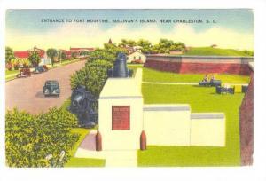 Entrance to Fort Moultrie, Sullivan's Island, near  Charleston, South Carolin...