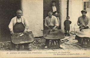 france, Scenes et Types des Pyrénées, The Manufacture of Esparto-Shoes (1910s)